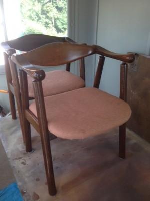 三浦 さん 椅子 前
